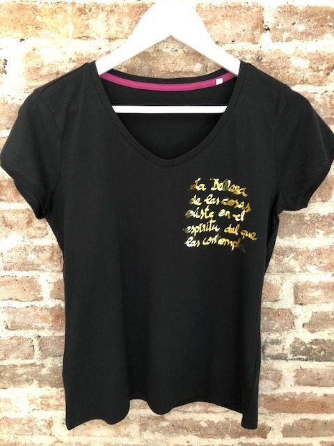 camiseta-belleza-mariannetienda